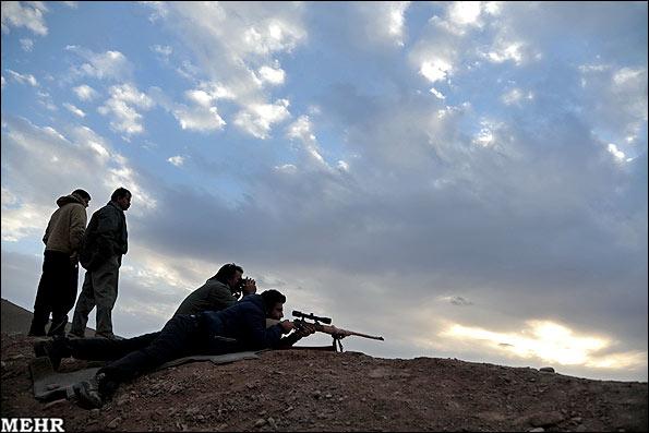 عکس شکار بز کوهی در یزد